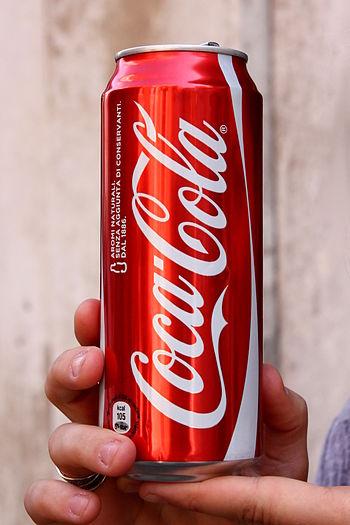 Coca-cola_50cl_can_-_Italia